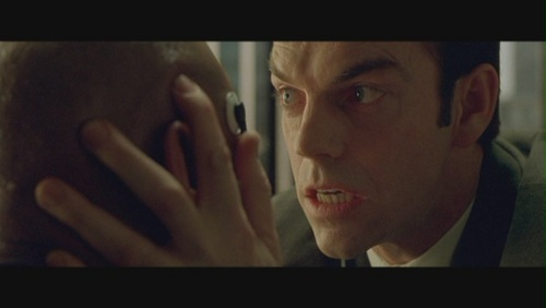 Agent-Smith-in-The-Matrix-agent-smith-24029450-500-282