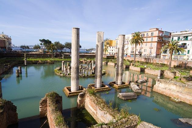 CONCRETE-italian-harbor-630x420